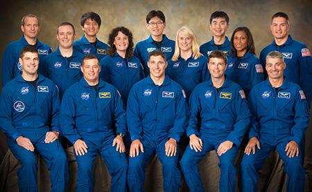 宇宙飛行士になるには 年収・収入・なり方・就職など 職業ガイド